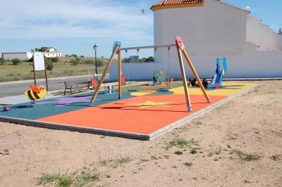 Parque de juegos de Villanueva de los castillejos