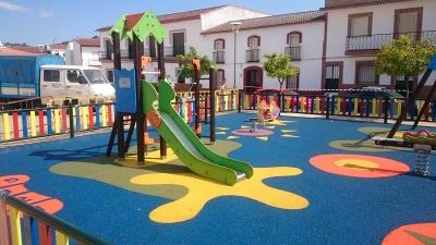Parque de Juegos en Cabezas Rubias